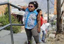 Obesidade infantil: a culpa é de quem? saiba como ajudar os pequenos a comerem bem
