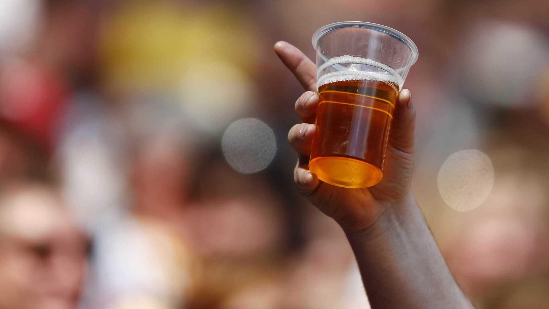 naom 5a9edfefcdc6b - Estudo mostra ligação entre álcool e suicídio na faixa de 25 a 44 anos