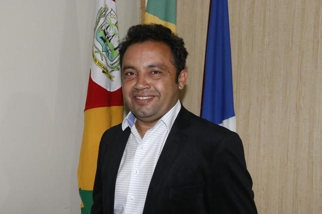 prefeito miracema - Prefeito é encontrado morto dentro do próprio carro com tiro na cabeça