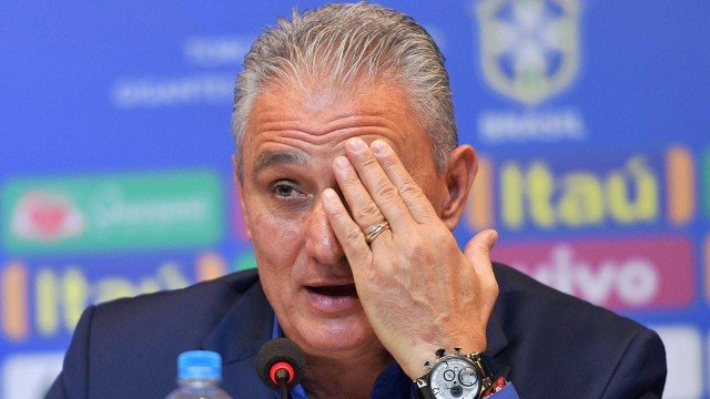 xfbl brazil tite presser.jpg.pagespeed.ic .nVaQziUIlc - BASTIDORES: Tite defende ida do pai de Neymar ao vestiário da seleção