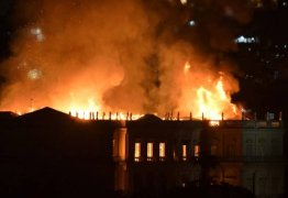 Incêndio queima o Museu Nacional, a primeira instituição científica da história do país