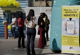 Em guerra bilionária, farmacêutica tenta barrar genérico contra hepatite C