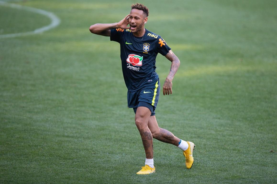 Neymar será o capitão contra os EUA no 1º jogo pós-Copa - Polêmica ... f52801bc77e51