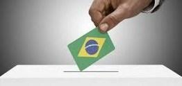 O TEMPO É LÍQUIDO NO BRASIL: A um mês das eleições, dúvida é se haverá aceno ao centro ou 'guerra santa' – Por Míriam Leitão
