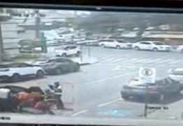 Bandidos atacam cliente que iria fazer depósito em cooperativa de crédito em João Pessoa –  VEJA VÍDEO