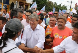 João Azevedo participa de Caravana do Trabalho em Campina Grande