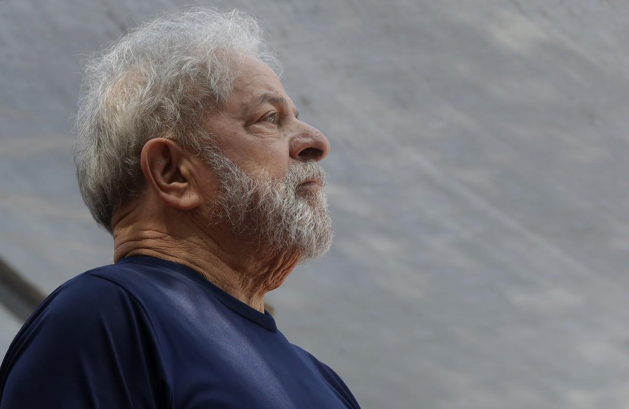 Luiz Inacio Lula AP Photo Andre Penner - 'BOLSONARO É O CANDIDATO DA FRAUDE DO PORÃO': Lula afirma que Haddad será o mais votado no dia 28