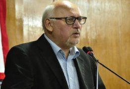 'CONCESSÃO DE TÍTULO É ILEGAL': Marcos Henriques diz que votação para homenagem a Bolsonaro não tem validade – VEJA REGIMENTO