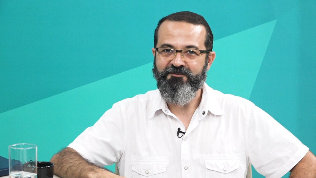 WhatsApp Image 2018 04 19 at 19.41.05 2 - Tárcio Teixeira realiza panfletagem na UFPB nesta quinta-feira