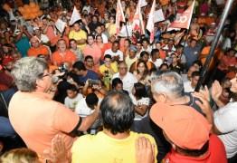 Carreata em Lucena: João destaca ações do Governo e poder do eleitor para Paraíba seguir avançando