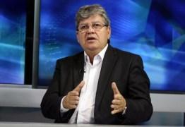 João Azevedo se reúne com coordenação de campanha