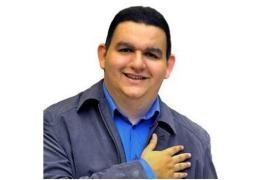EM CASA ATÉ ÀS 14H: advogado de Fabiano Gomes diz que trabalho em equipe garantiu liberdade de comunicador