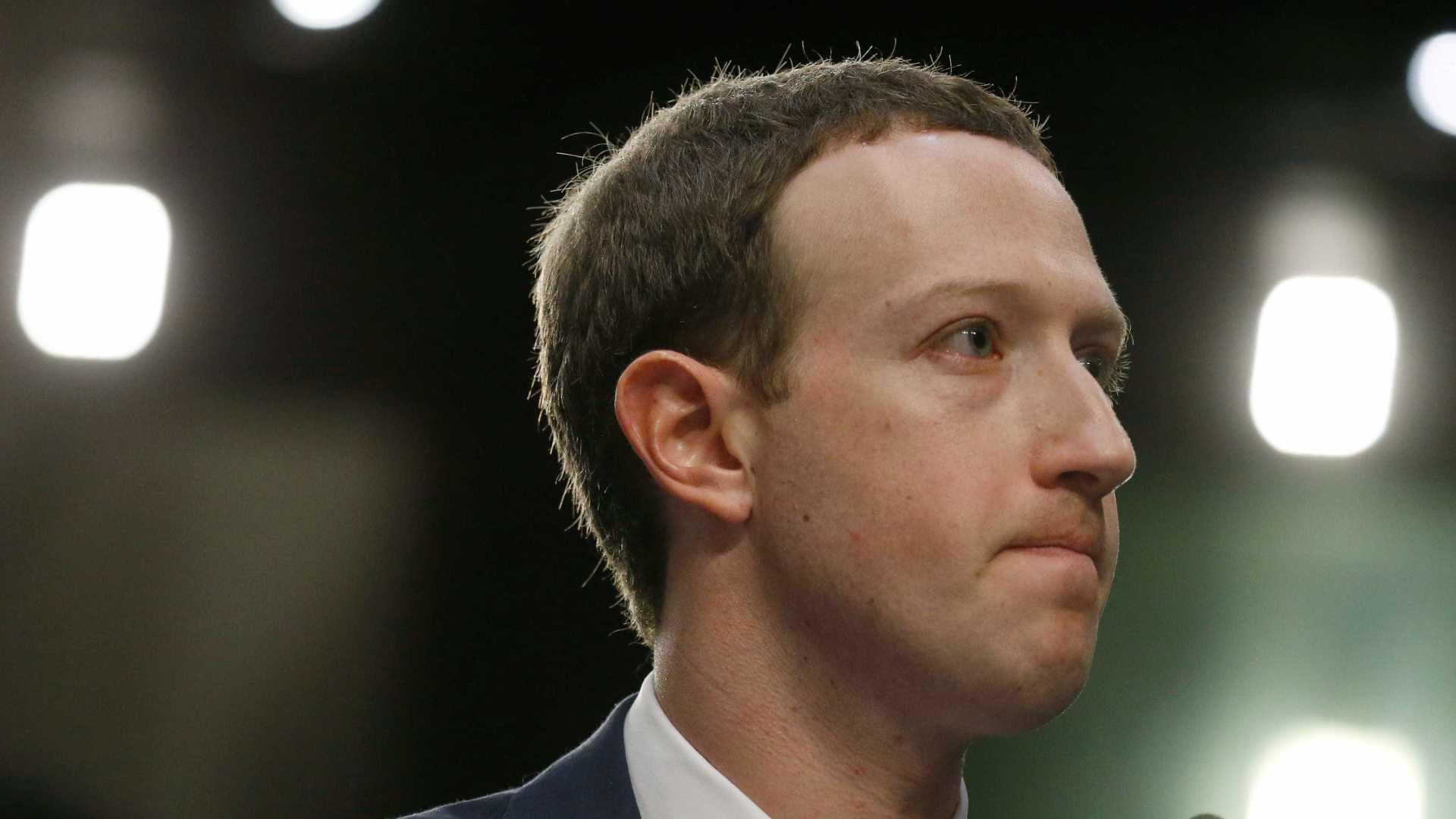 naom 5b906dd486d44 - Facebook: 1 bilhão de perfis falsos foram removidos por desinformação