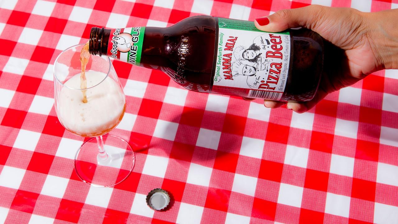 pizza - Formiga e tésticulos de touros: Conheça 8 sabores de cerveja mais bizarros do mundo
