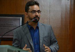 Vereador apresenta recurso e suspende título de cidadão pessoense à Bolsonaro
