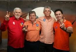 João Azevêdo adia coletiva para participar de debate em Sousa