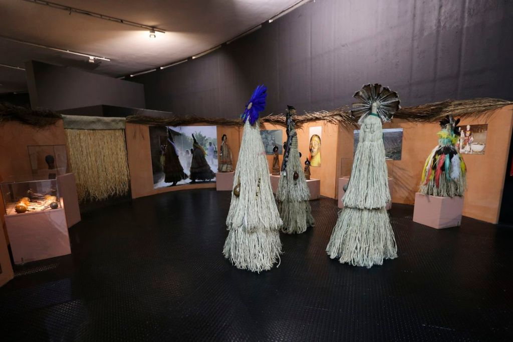 vca abr 2808184159 1024x683 - Únicas peças do acervo indígena do Museu Nacional estão em Brasília
