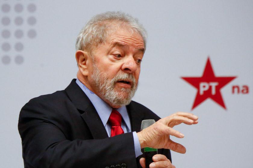 240417DF lula em brasília 052 840x560 - URGENTE: Toffoli derruba decisão que mandou soltar presos condenados em 2ª instância e que poderia beneficiar Lula