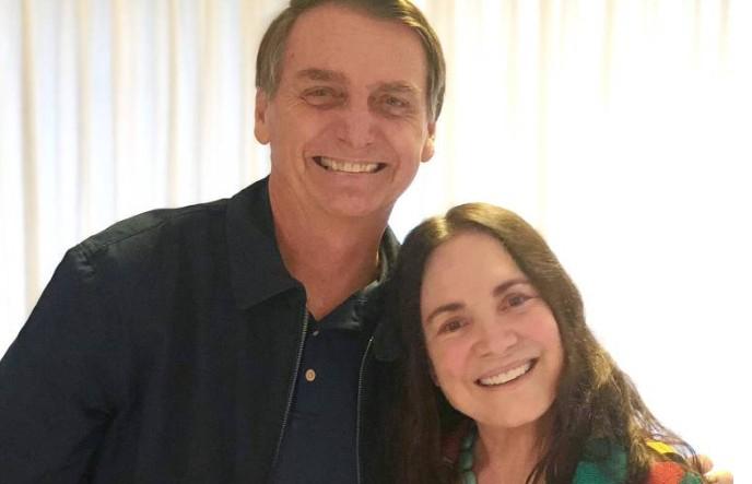 Capturar 46 - Zezé Di Camargo, Regina Duarte e outros famosos comemoram eleição de Bolsonaro