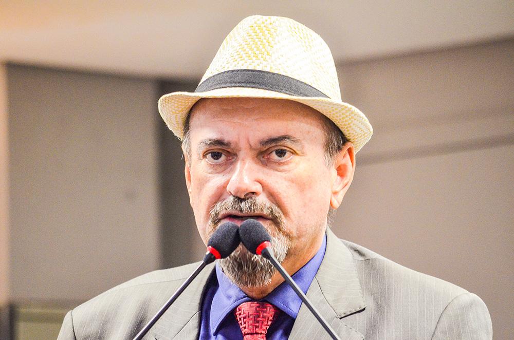 Deputado Jeová Campos fez um duro discurso ontra o candidato que defende a tortura - Quem faz apologia a tortura não merece o meu respeito e muito menos a acolhida do povo brasileiro - Por Jeová Campos