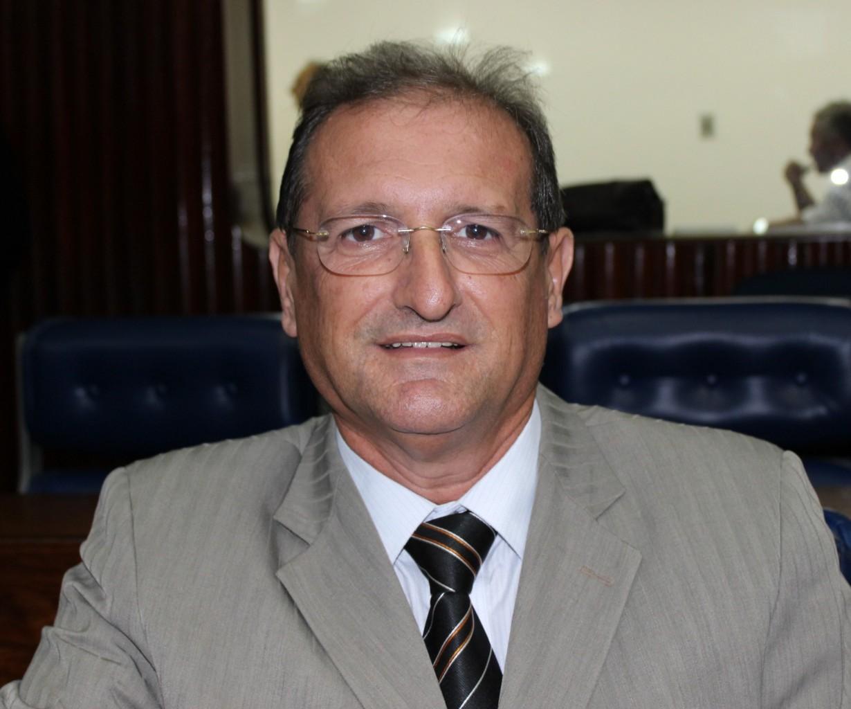 HERVÁSIO BEZERRA - Hervázio Bezerra diz que desconhece nome de Adriano Galdino para disputa da presidência da ALPB