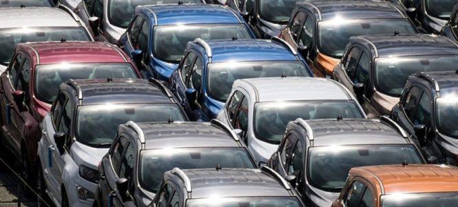 autos 300x136 - Anfavea prevê queda da produção e venda de veículos no Brasil em 2019
