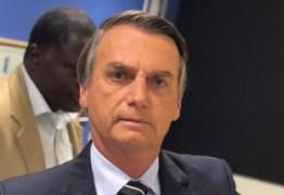 Após ser alvo de protestos, Bolsonaro defende liberdade de expressão