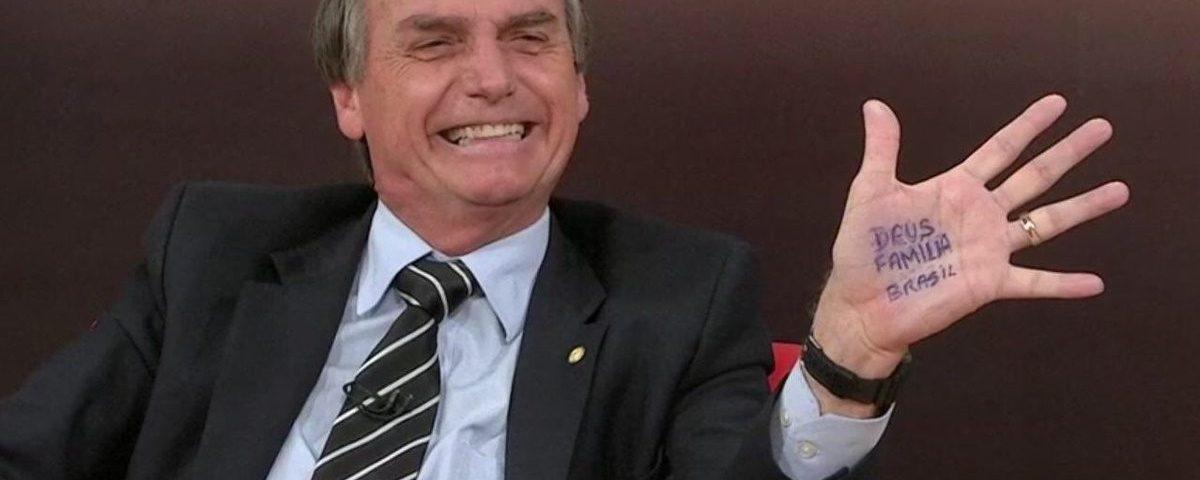 Bolsonaro critica Ricardo por defender Lula e acusa PT de inventar onda de mentiras