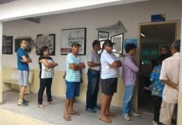 Votação começa em grande parte do país
