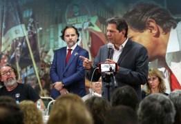 Haddad diz que Bolsonaro deixa rastro e prevê pedir prisões por propaganda