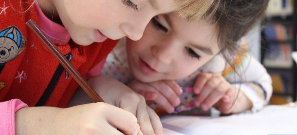 kids 1093758 1920 min 1200x545 c - Procon-JP defende 5% de reajuste para a mensalidade escolar em 2019