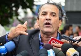 """Não há clima de """"já ganhou"""", diz Silas Malafaia após visitar Bolsonaro"""