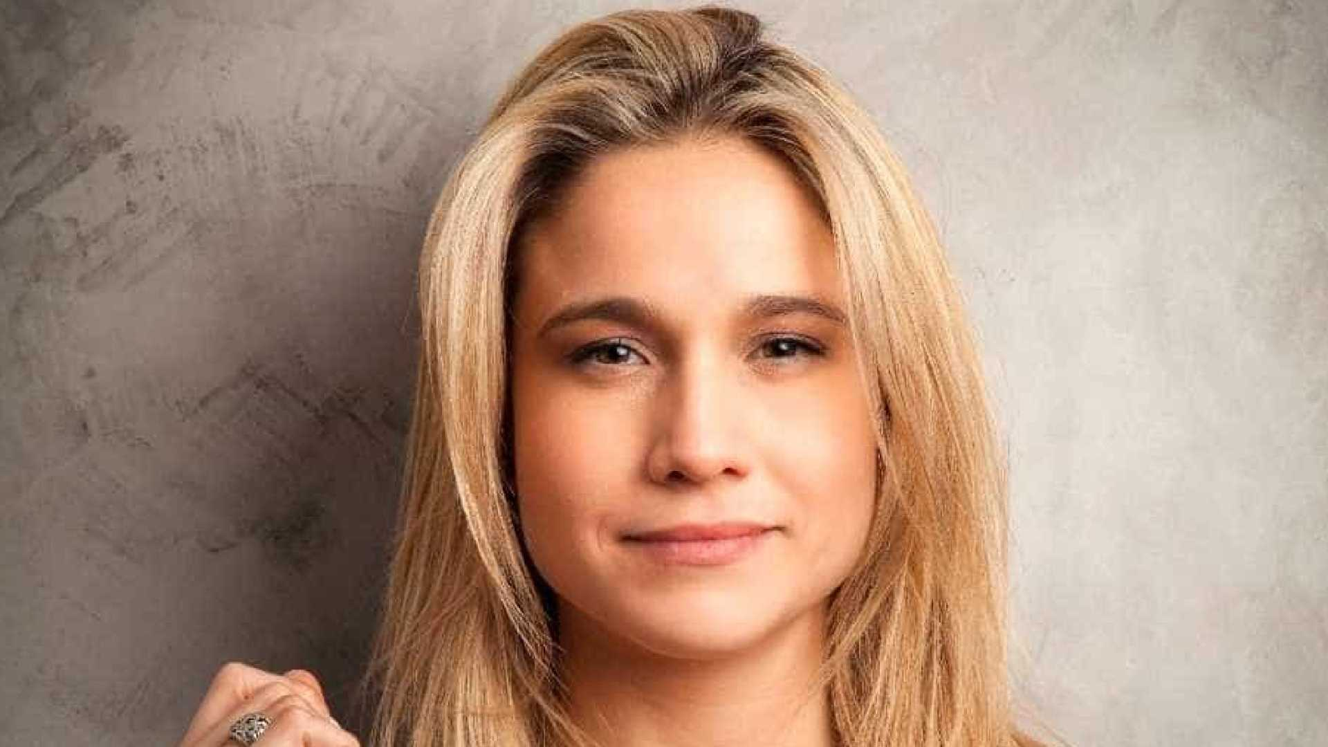 naom 596765395bd59 1 - Fernanda Gentil vai deixar jornalismo da TV Globo