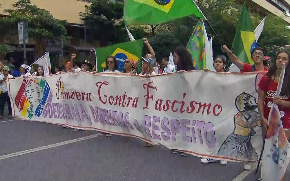 protesto bh - Protestos contra candidatura de Bolsonaro ocorreram em várias cidades pelo país