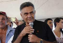 Após oito dias internado, ex-deputado recebe alta na véspera da eleição