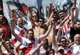 BOCA X RIVER: Final da Libertadores é suspensa e remarcada para este domingo