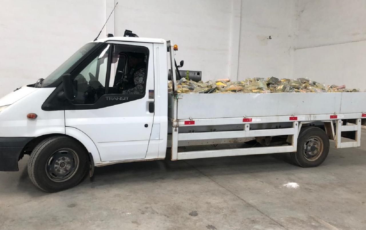 COCA 4 - Polícia Federal apreende 5 toneladas e meia de cocaína no nordeste: VEJA VÍDEO