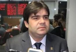 Deputado estadual eleito revela viagem a Brasília e reunião com futuro vice-presidente, general Mourão