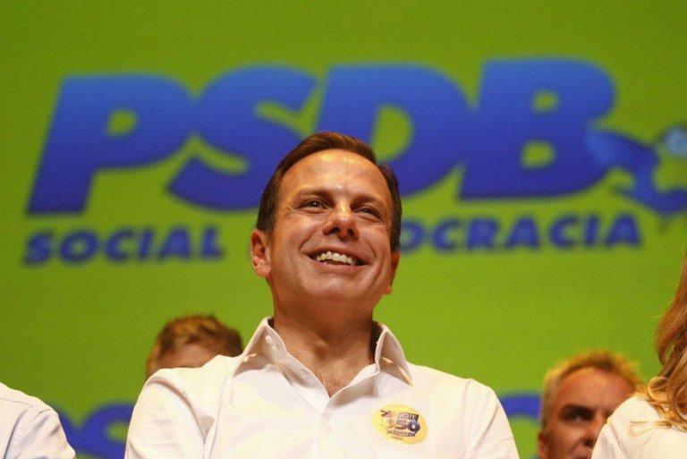 Dória - Governador João Dória determina que presos devem trabalhar pintando escolas em SP