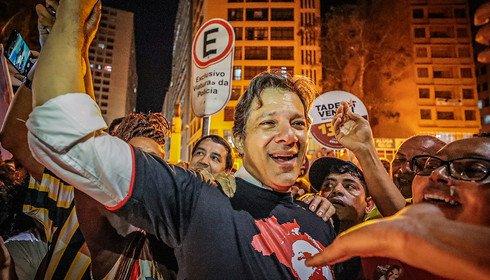 Haddad - Coletiva de Haddad mostra que há oposição no Brasil - Por Gustavo Conde