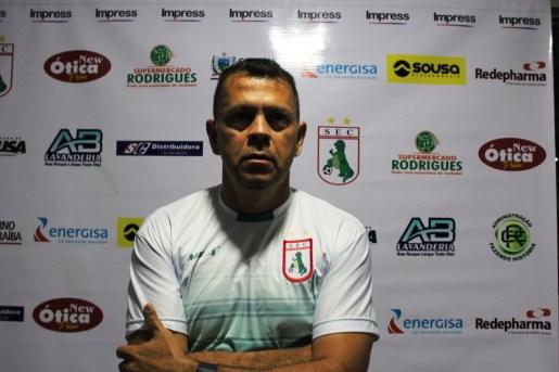 Jaso Vieira 300x200 - Sousa renova com técnico Jason Vieira para 2019