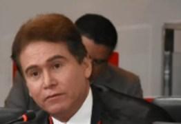 Márcio Murilo retribui mensagem de João Azevêdo