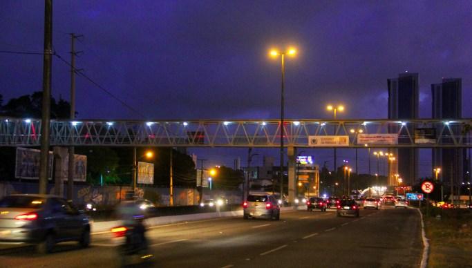 PASSARELA11 foto José Marques - Ricardo entrega mais uma passarela para travessia de pedestres na BR-230