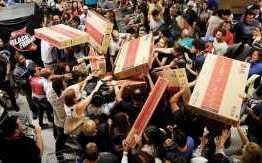 IRREGULARIDADES: lojas do Mangabeira Shopping são autuadas por preços não originais e propaganda enganosa