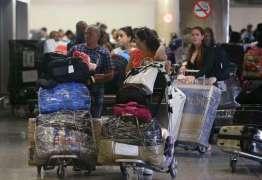 Nova leva de médicos cubanos sai de Brasília rumo a Havana