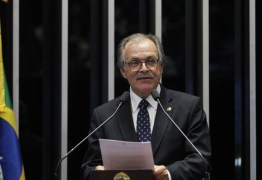 Senadores tentam votar projeto que enfraquece Lei da Ficha Limpa
