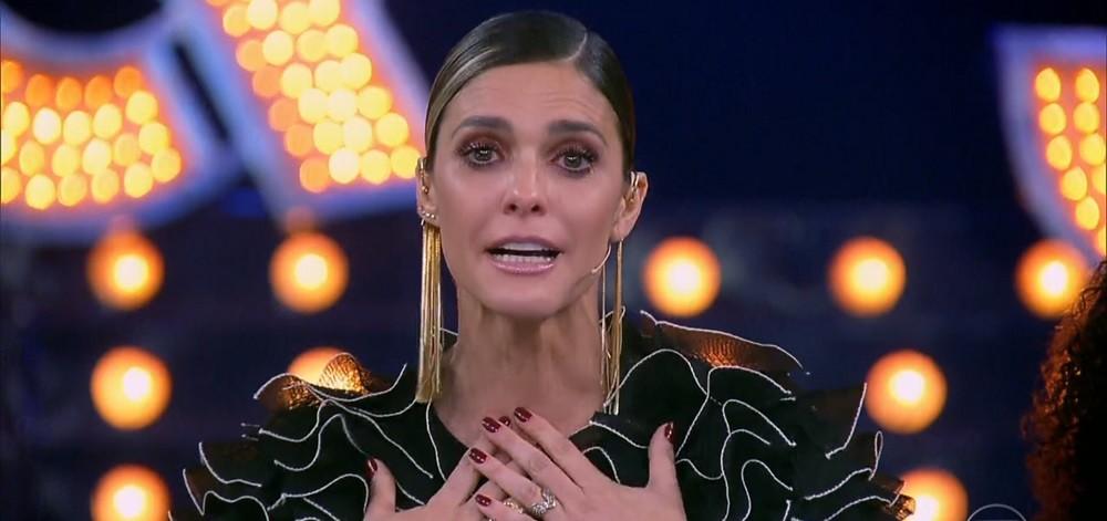 fernanda lima chorA - Após polêmicas e queda de audiência, 'Amor & Sexo' é cancelado para sempre: VEJA VÍDEO