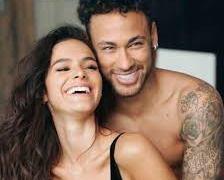 Dois meses após término, Bruna Marquezine abre jogo sobre Neymar