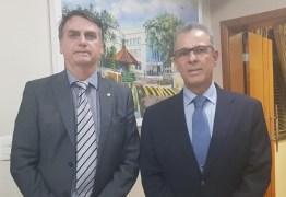 Bolsonaro anuncia almirante para Ministério de Minas e Energia