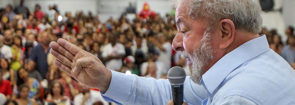 COPIANDO O 'AUTO DA COMPADECIDA': prefeito de Mogeiro participa de 'batizado' de cachorro – VEJA VÍDEO